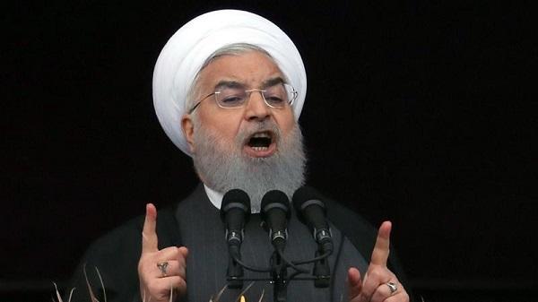 鲁哈尼与马克龙通话:伊朗坚持霍尔木兹海峡航行自由