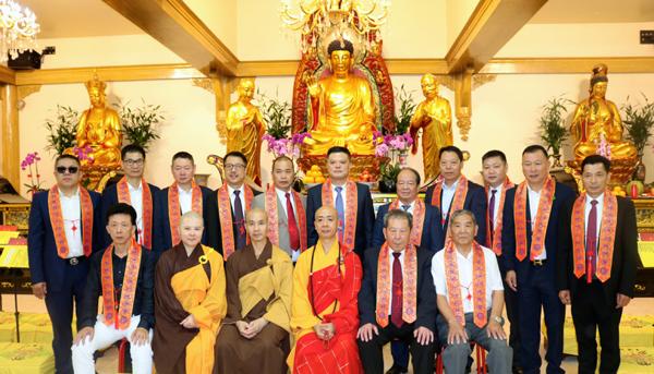 法国华侨华人会法华寺举行庆祝开光十九周年法会