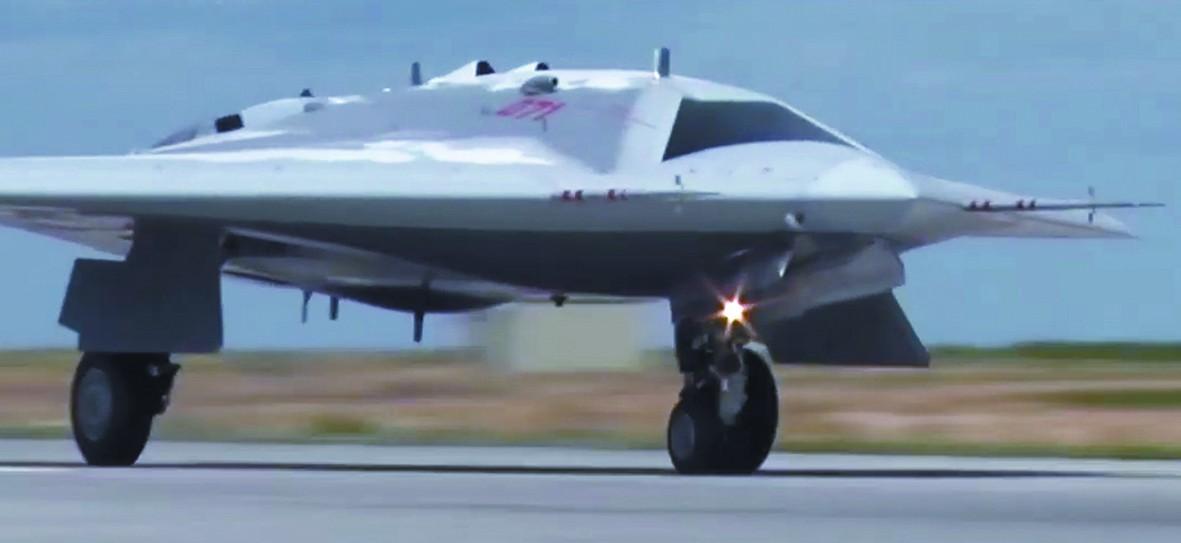 """俄""""六代機改良版""""無人機首飛 中國專家這樣評價"""