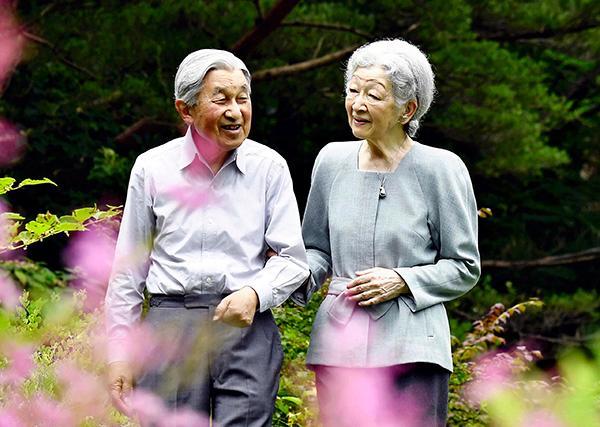 日媒:日本上皇后美智子被确诊早期乳腺癌