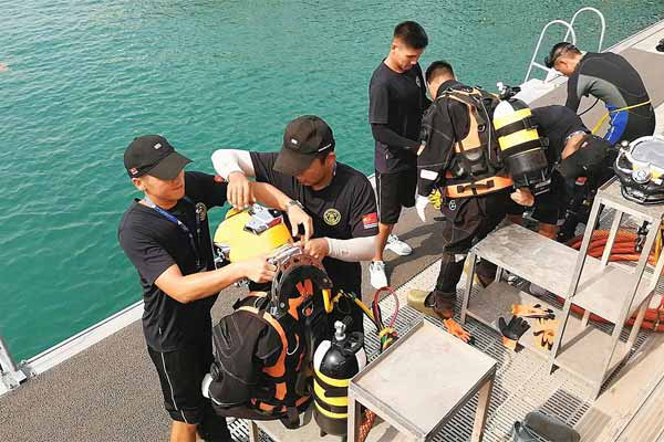 深海项目比赛中国队再夺第一