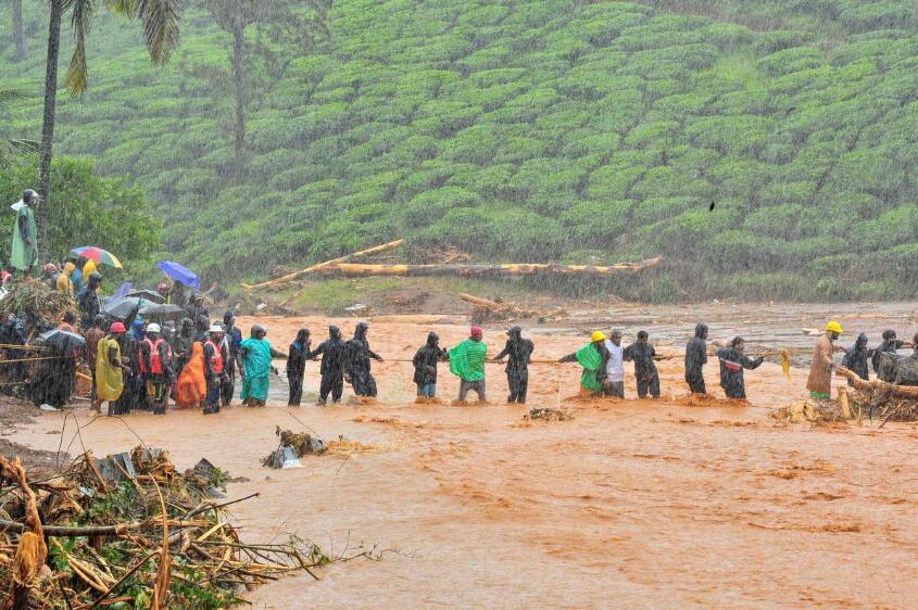 印度多邦洪水已致147人死亡,数十万人离开家园避难