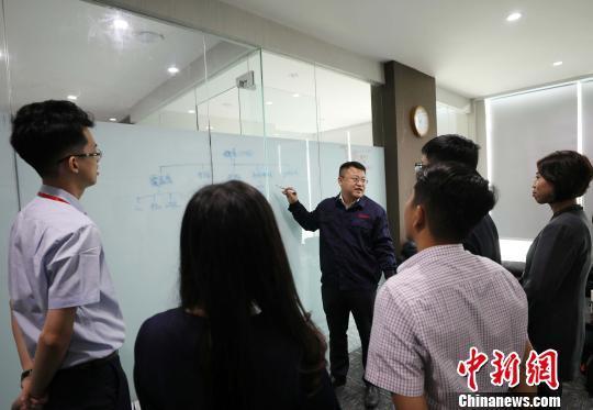 综述:中国机械助力印尼建设快马加鞭