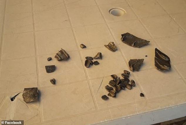 惊险!波音飞机空中掉落数百碎片 砸坏罗马25辆车12座房