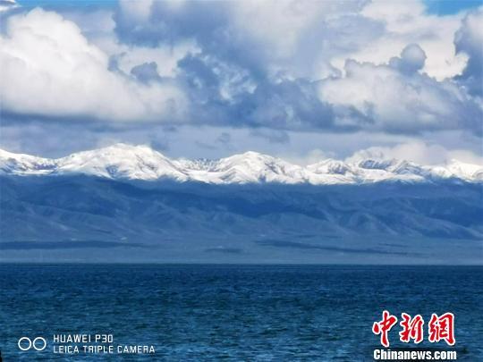 青海湖才有的美景。 智声 摄