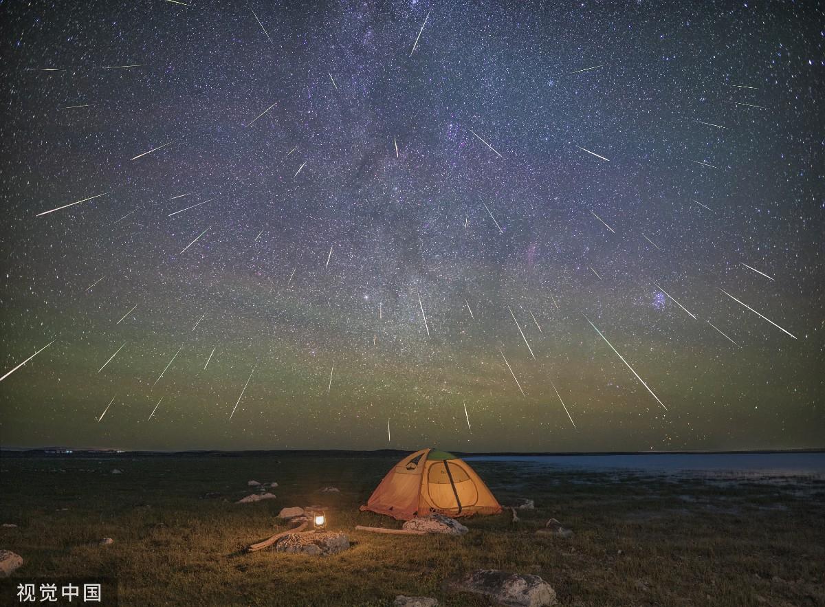 今夜月光與英仙座流星雨爭輝!