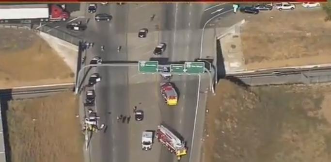 突发!美国加州发生枪击案 致当地巡警1死2伤