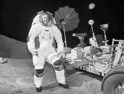 可用于火星任務的新一代宇航服亮相