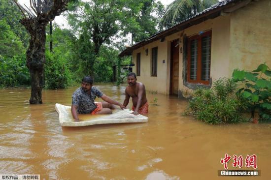印度暴雨成灾已造成至少184人死亡 近百万人被疏散