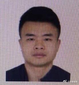 杭州市临安区发生一起持刀伤人案件