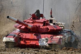 国际军事比赛坦克两项赛现场图曝光