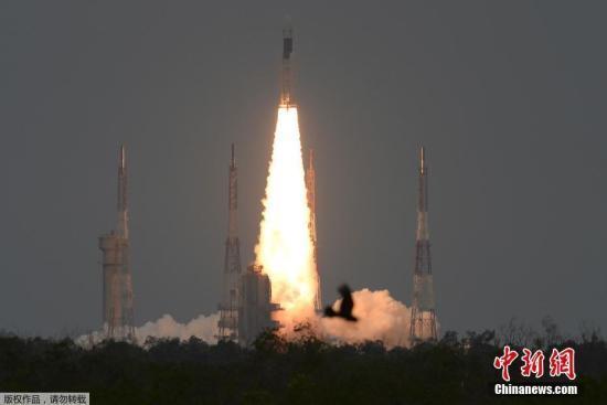 """印度:已将""""月船-2""""号探测器送入月球转移轨道"""
