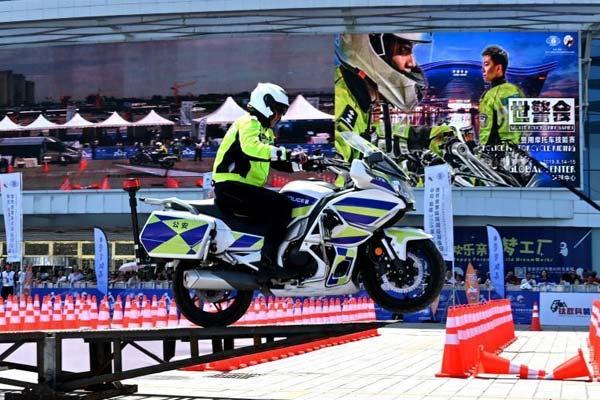第十八届世界警察和消防员运动会:警用摩托车技能赛开赛