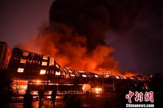 """昆明官渡区""""8.12""""火灾事故3名责任人被依法刑拘"""