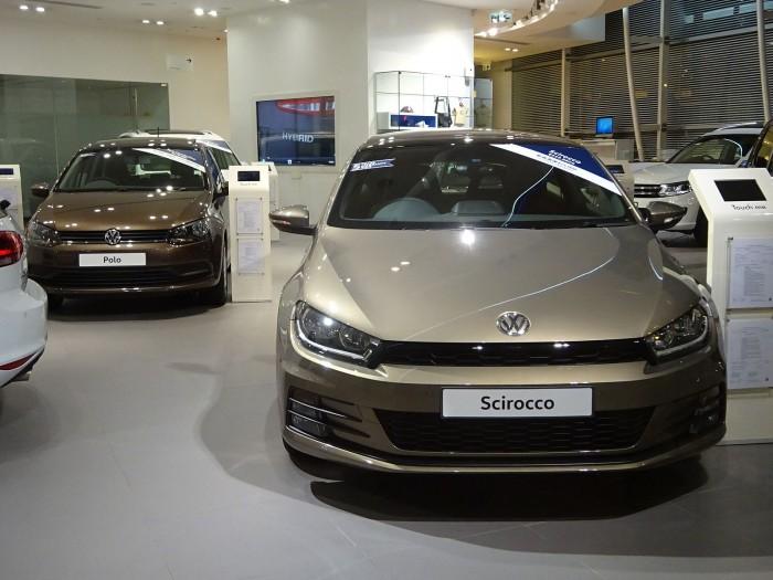 调查显示年轻人仍喜欢通过实体经销商购买汽车