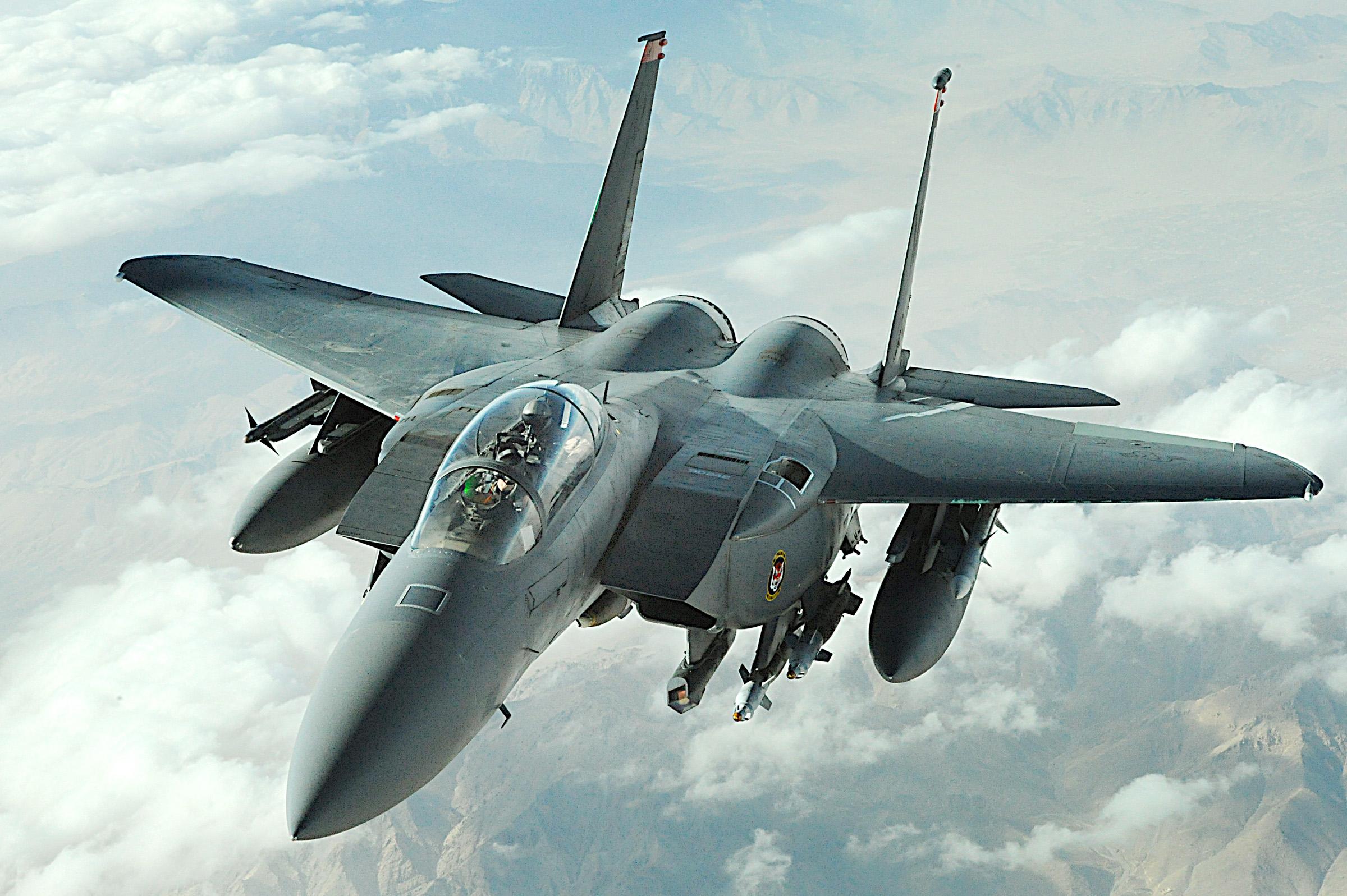 黑客花2天就成功入侵F-15戰機系統 美軍網絡安全漏洞百出
