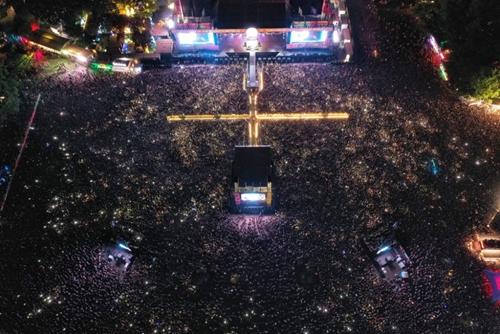 """欧洲最盛大的音乐节""""布达佩斯岛节""""闪亮登场"""