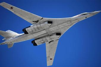 俄战略轰炸机赴远东演习
