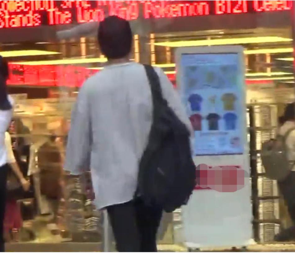 刘恺威离婚后购物显节俭 两次买300以下衣物