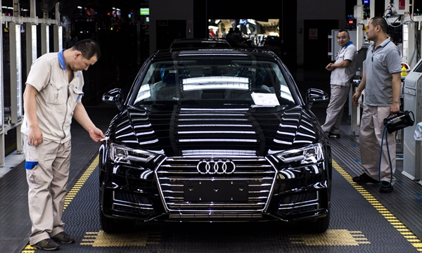 """首付两成还免息:豪华车卖得越来越好,汽车金融""""圈粉""""了"""