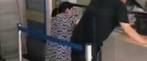 """济源人民医院回应""""窗口低孕妇跪着就诊"""""""