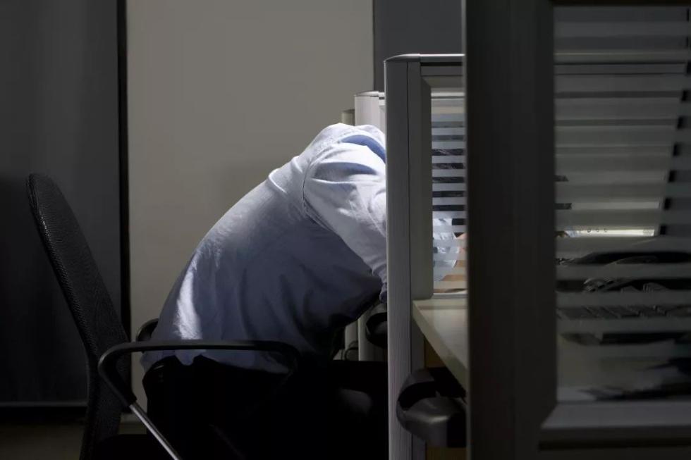 """""""10个上班族,9个……""""这些病或将纳入职业病!咱们组团去申请工伤?"""