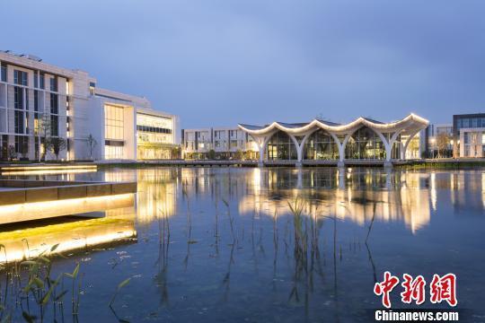 """县级市也要建世界一流大学:昆山杜克大学正式""""扩容"""""""