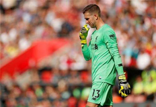 """利物浦门将低级失误让人""""心惊""""不输前任"""