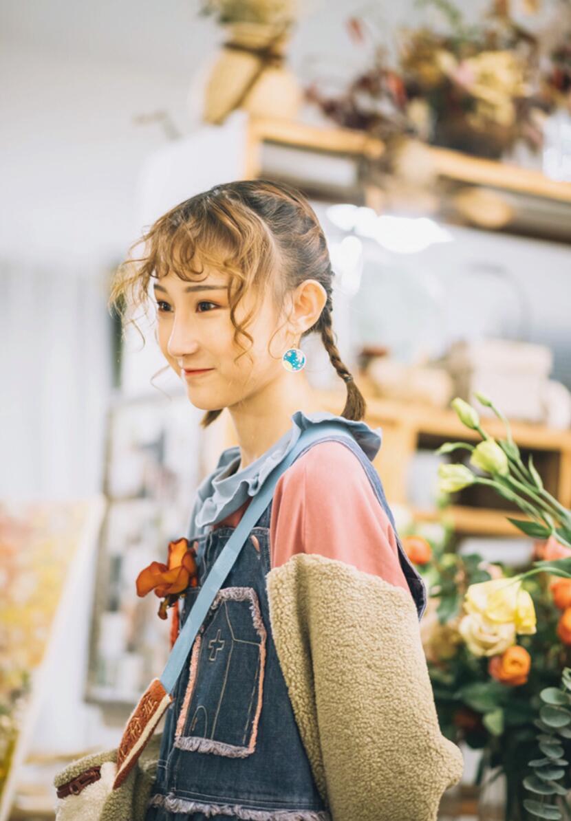 感悟成长!唱作才女陈雪凝18岁生日发行单曲《十八》