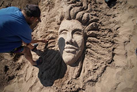 沙上筑乾坤!美国第29届科尼岛沙雕比赛开雕
