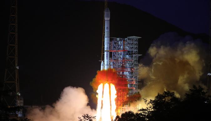 中星18号卫星在西昌卫星发射中心成功发射