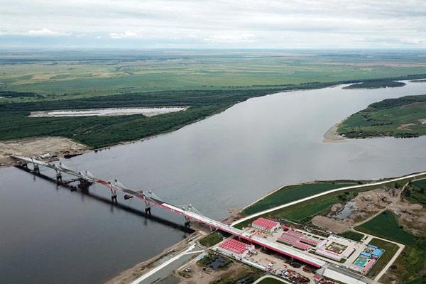 探访中俄合建首座跨境公路大桥