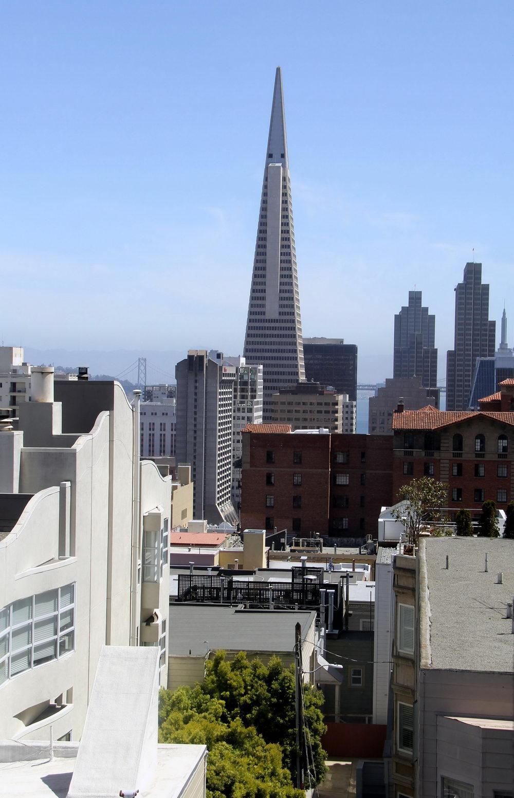 旧金山地标建筑泛美金字塔大厦首次挂牌出售