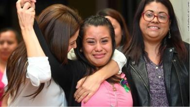 遭强奸后怀孕,又因流产被判30年监禁,萨尔瓦多女子抗争33个月终获无罪判决