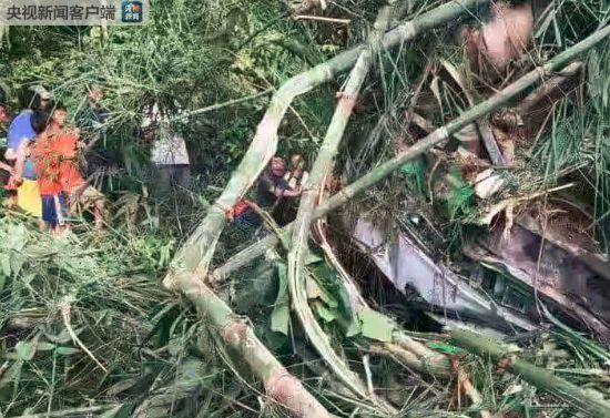 最新消息!老撾車禍13人遇難 29人被送往醫院救治