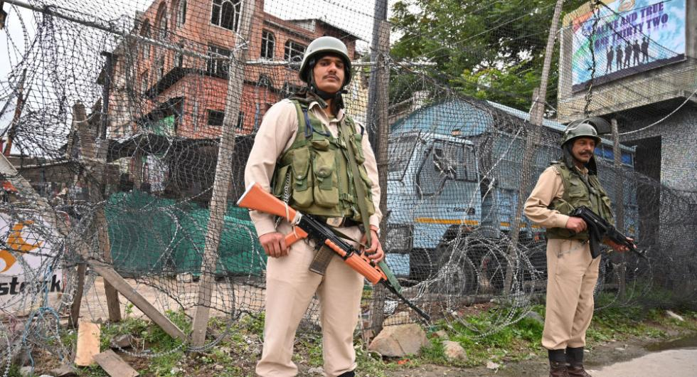 激战12小时!一名恐怖分子在克什米尔被击毙