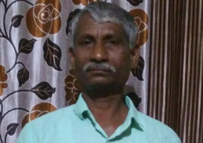印度男子心脏病发作 因救护车车门卡住15分钟被耽误致死