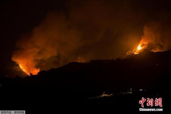 西班牙大加那利岛火势渐缓 逾4500名撤离者获准回家