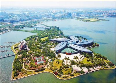 上海自贸试验区临港新片区正式揭牌