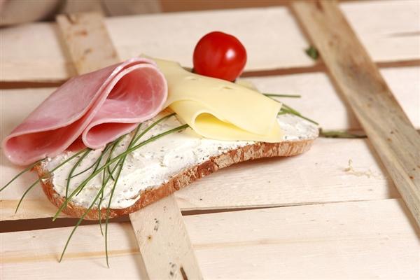 """科学家研制出更健康的""""黄油"""" 卡路里大约是真正黄油的四分之一"""