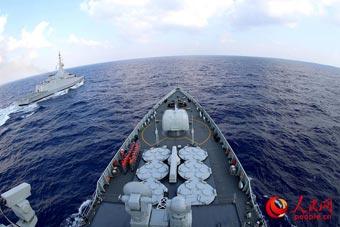 西安舰再度亮相!与埃及海军护卫舰联合演练