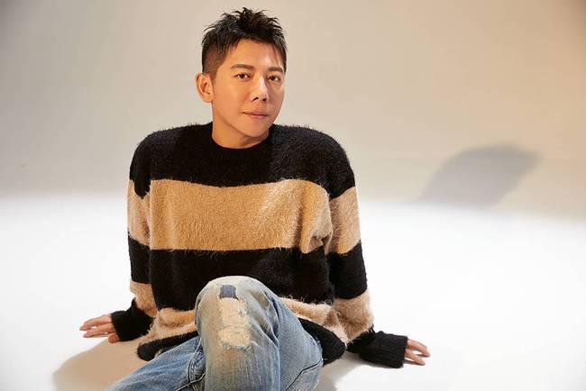 胡海泉新歌攜手唱作Rapper王以太碰撞精彩 歌曲獲贊