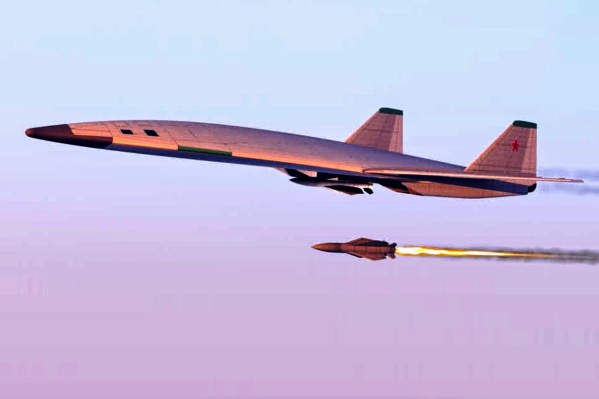 俄新型隐身轰炸机性能曝光:将配射程7000公里导弹