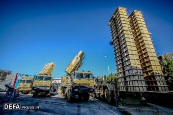 伊朗展示新型国产防空导弹 自称性能已超俄S-300