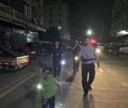 夫妻深夜吵架6岁儿子报警