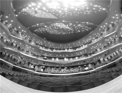 当音乐遇到噪音 把歌剧院建在95个弹簧上