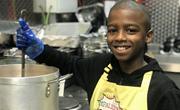 英11岁男孩开素食餐厅