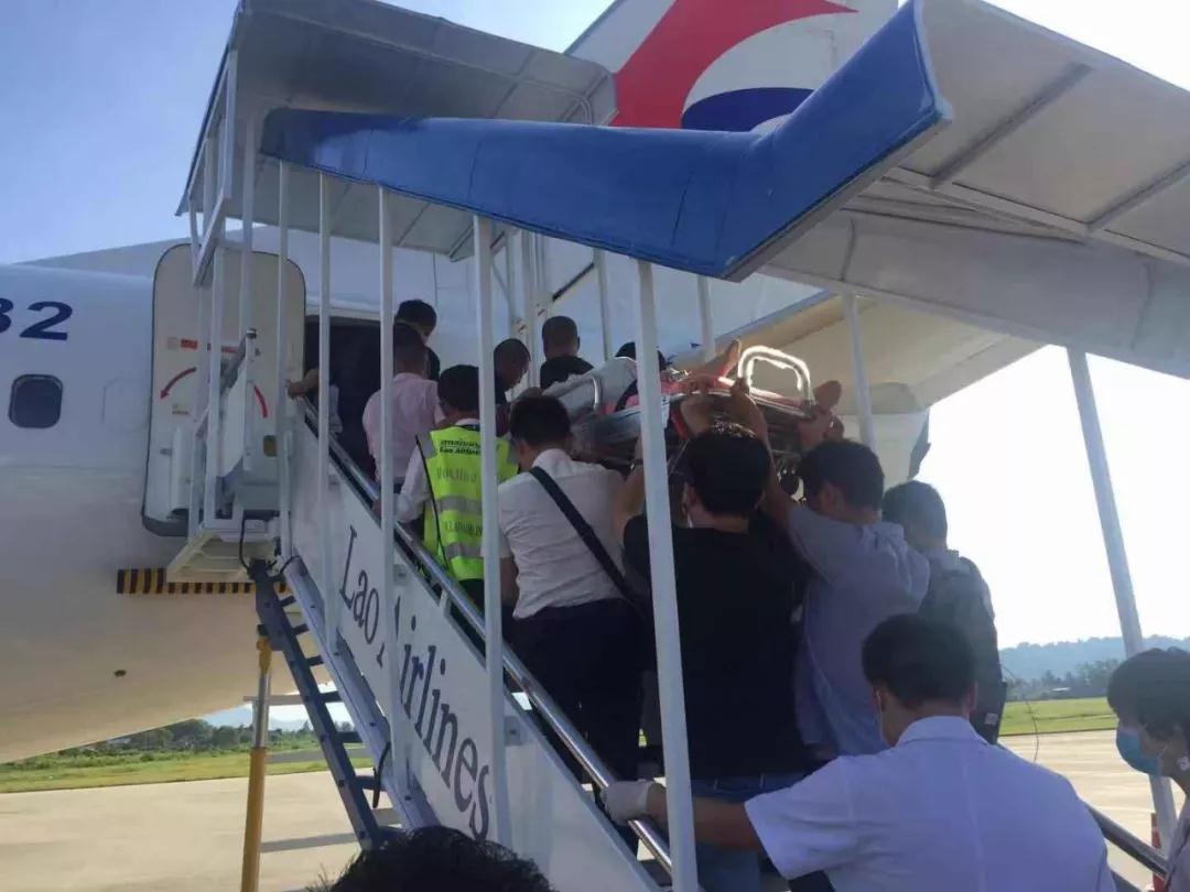 老挝车祸受伤中国游客已全部回国