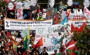 G7峰会期间法国数千人抗议