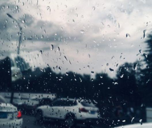 刚刚,杭州出现彩虹!暴雨突袭,晚上还会来!明天气温狂飙到37℃